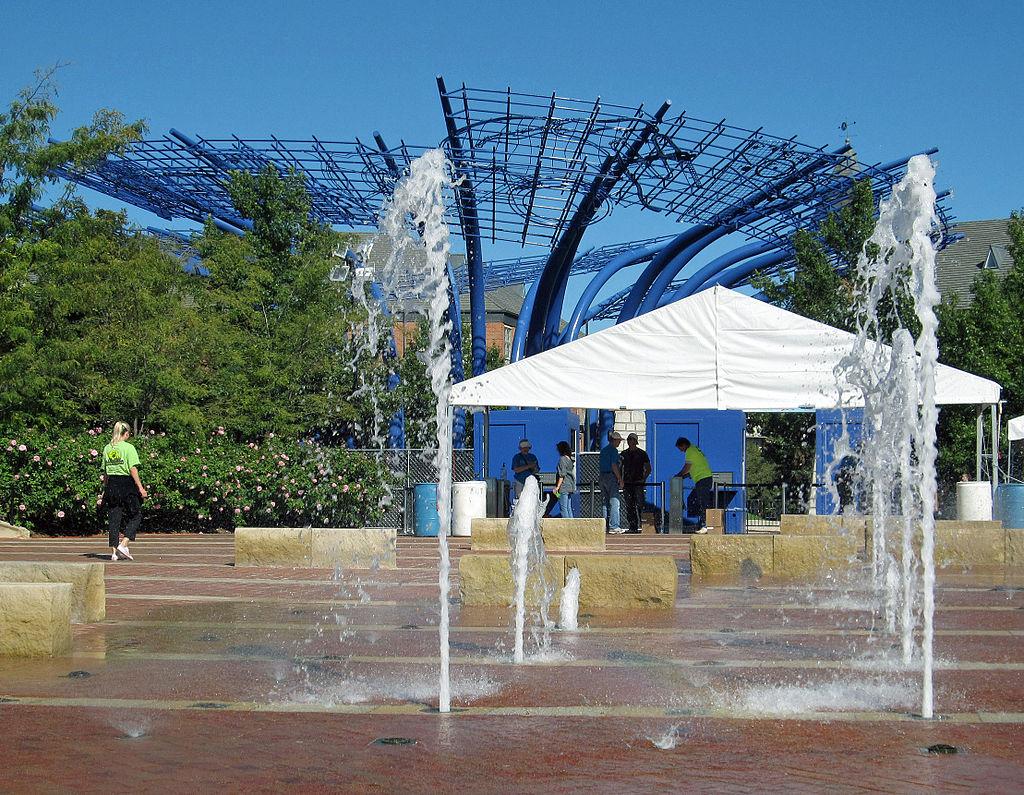 Addison Circle Fountains